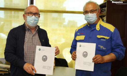 Signatura del conveni 2021 entre l'Ajuntament de Roquetes i l'ADF de Roquetes