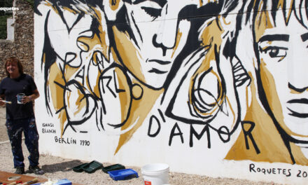 "Repintada del mural ""Parlo d'Amor"" de l'il·lustrador roquetenc, Ignasi Blanch"
